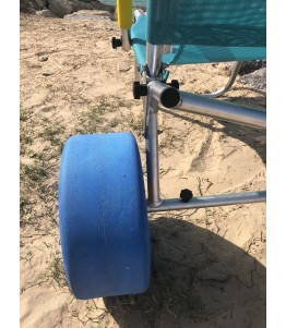 The Oceanic Sun lounger is adapted for people with reduced mobility