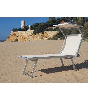 With the Oceanic Enjoy chair you will be able to access the beach, the field and all kinds of terrain